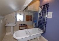 Pennysteel Cottage - Bathroom